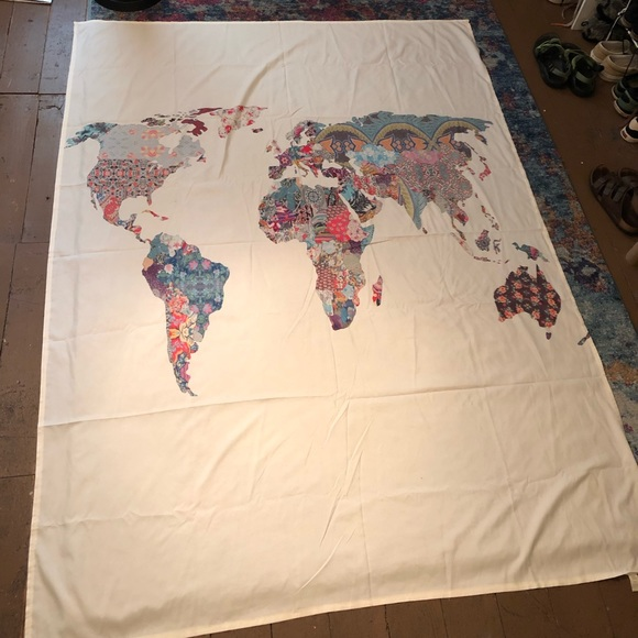 Other - Cream World Map Tapestry